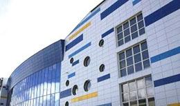 Вентилируемый фасад из металлокассет от компании Эверест